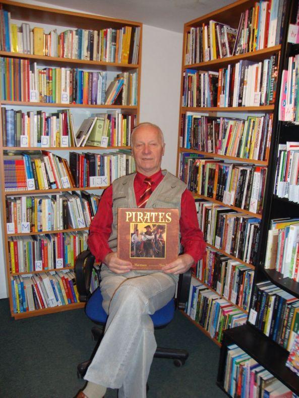 Polish librarian holding Pirates